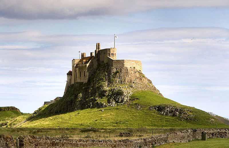 Lindisfarne-Castle-web